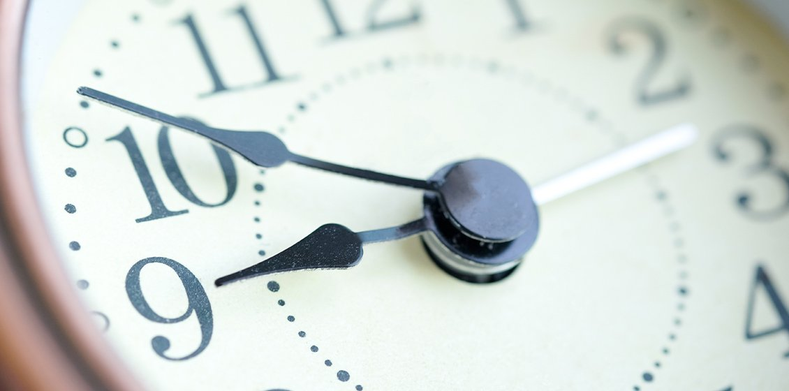 Managing time zone differences: outsourcing and customer service